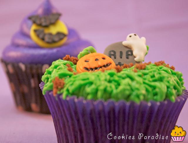 halloween_cupcakes1